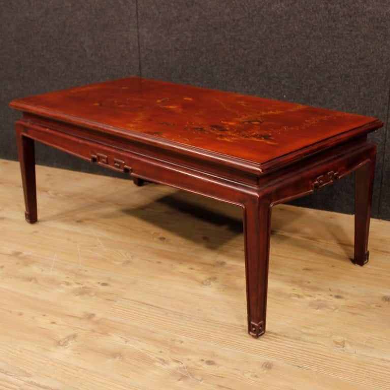 French Coffee Table in Red Lacquered and Painted Chinoiserie Wood, 20th Century For Sale 7