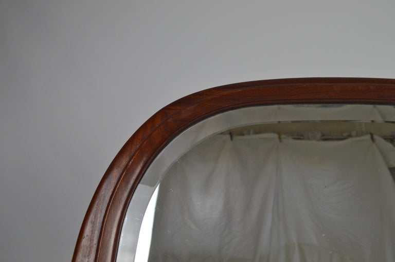French Colonial Art Deco Carved Mahogany Fireplace Mantel Mirror, circa 1920 In Good Condition For Sale In L'Etang, FR
