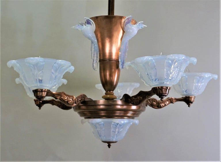 French Copper and Opalescent Glass Art Deco Chandelier by Ezan For Sale 3