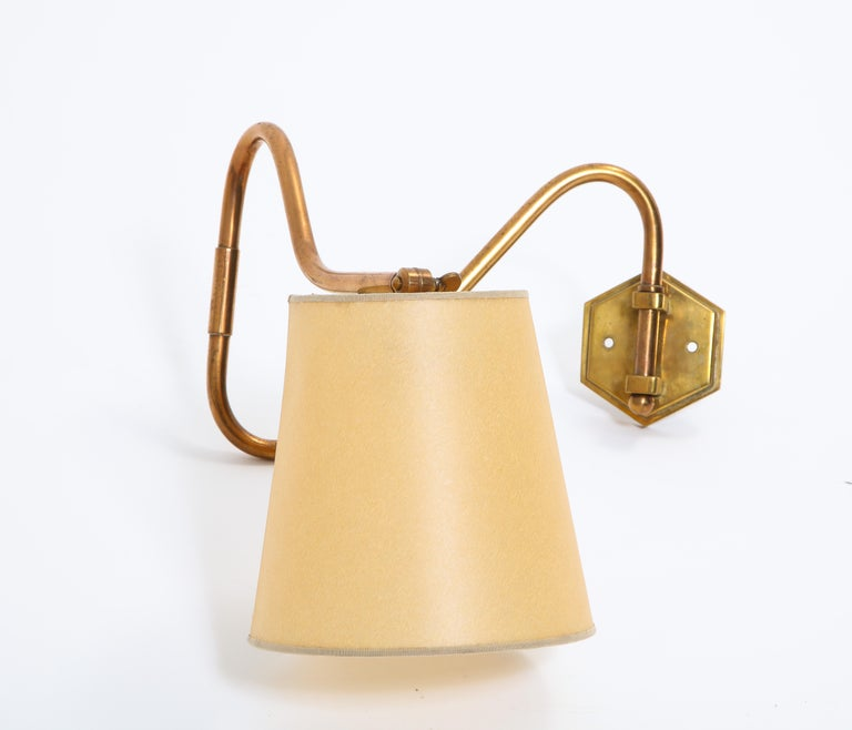 French Copper Swing Arm Brass Wall Lamp In Good Condition For Sale In New York, NY