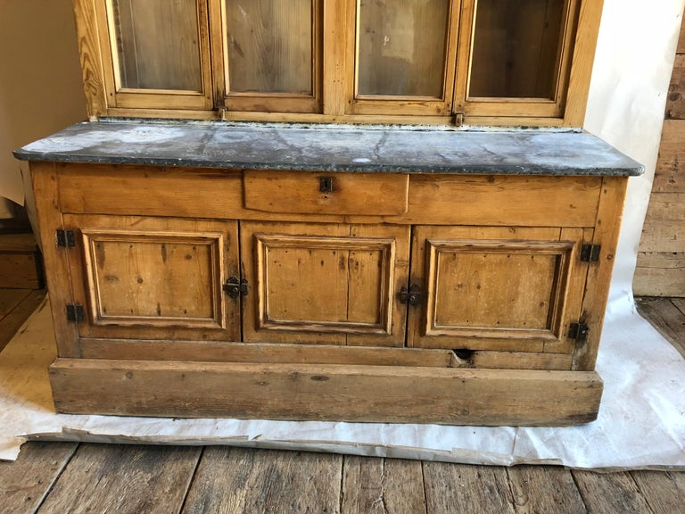 French Country Cabinet, 18th Century In Good Condition In Doylestown, PA
