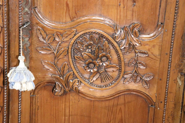 French Country Carved Pine Wedding Armoire Wardrobe with Basket of Flowers For Sale 5