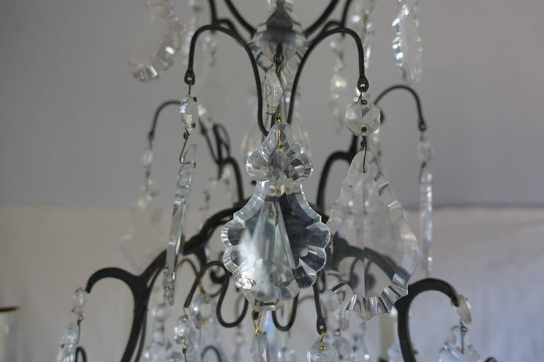 Louis XV French Crystal Chandelier with Pedeloque Drops, circa 1940s For Sale