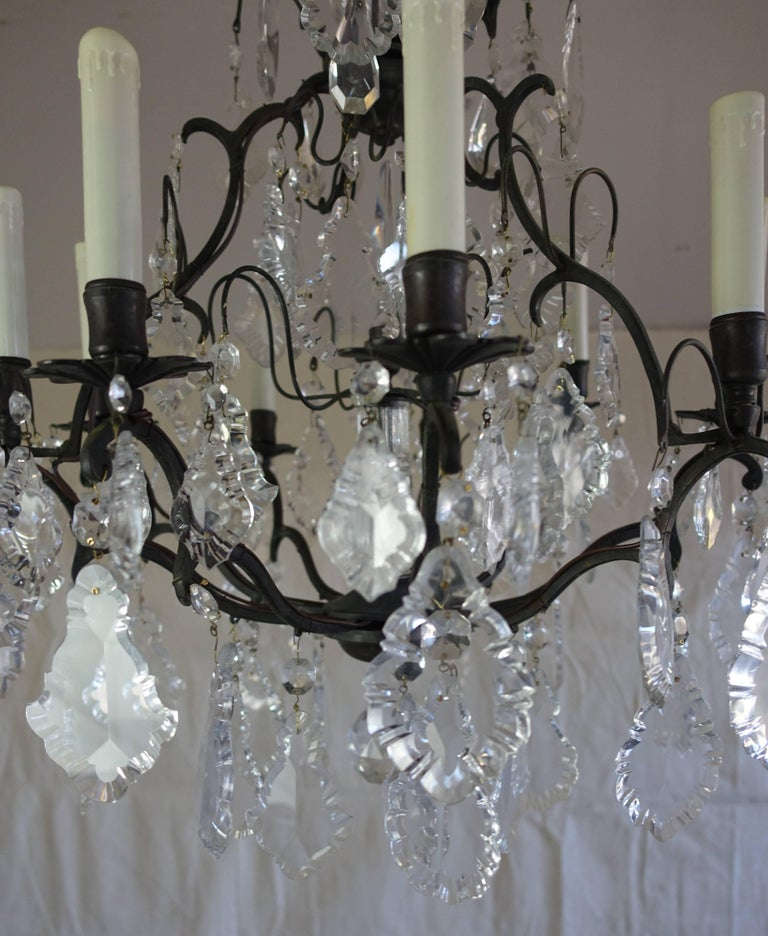 French Crystal Chandelier with Pedeloque Drops, circa 1940s In Excellent Condition For Sale In Los Angeles, CA