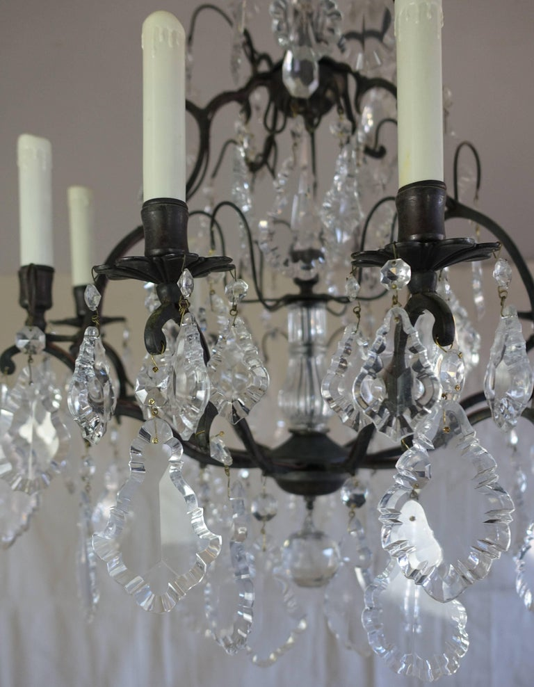 Early 20th Century French Crystal Chandelier with Pedeloque Drops, circa 1940s For Sale