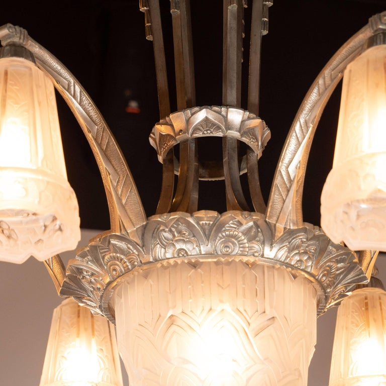 French Cubist Art Deco Nickeled Bronze and Frosted Glass Chandelier by Maynadier For Sale 3
