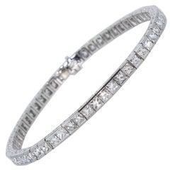 French Cut Diamond Line Tennis Bracelet in Platinum