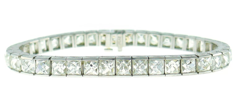 French Cut Diamond Platinum Tennis Line Bracelet, 1960s In Excellent Condition For Sale In Beverly Hills, CA