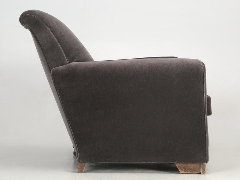 French Deco Club Chair Restored in Mohair For Sale 5