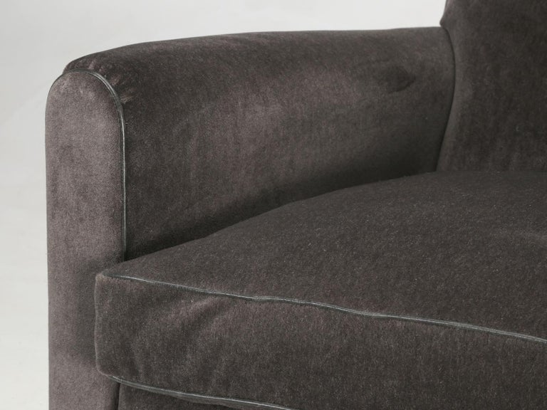 French Deco Club Chair Restored in Mohair For Sale 1