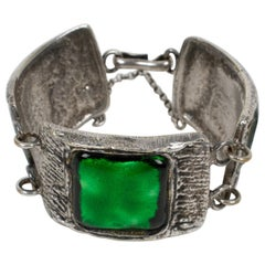French Designer Willy 1950s Silvered Bronze and Green Glass Link Bracelet