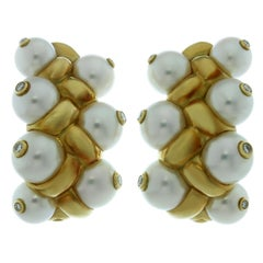Französische Gelbgold Ohrringe mit Zuchtperlen und Diamanten