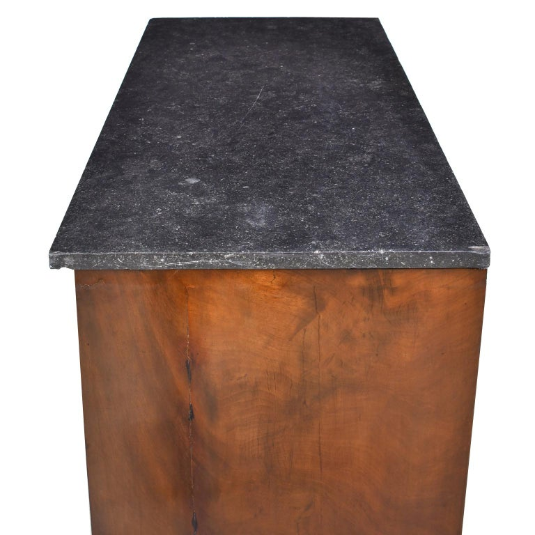 French Directoire West Indies Mahogany Chest of Drawers with Black Marble For Sale 1