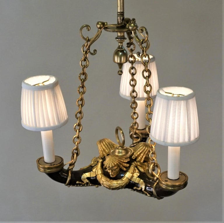 French Doré Bronze Early 20th Century Empire  Style Chandelier For Sale 3