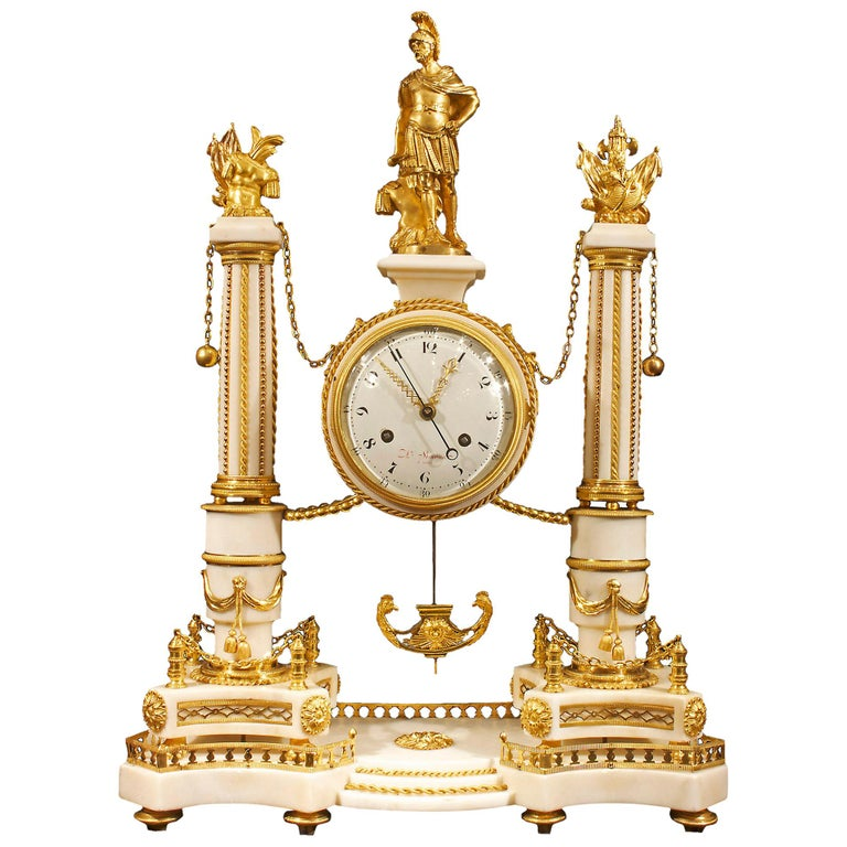 French early 19th century Louis XVI period  clock, signed Simona à Paris For Sale