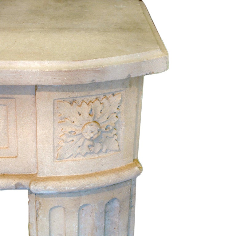 French Early 19th Century Louis XVI Style Limestone Fireplace Mantel In Excellent Condition For Sale In West Palm Beach, FL