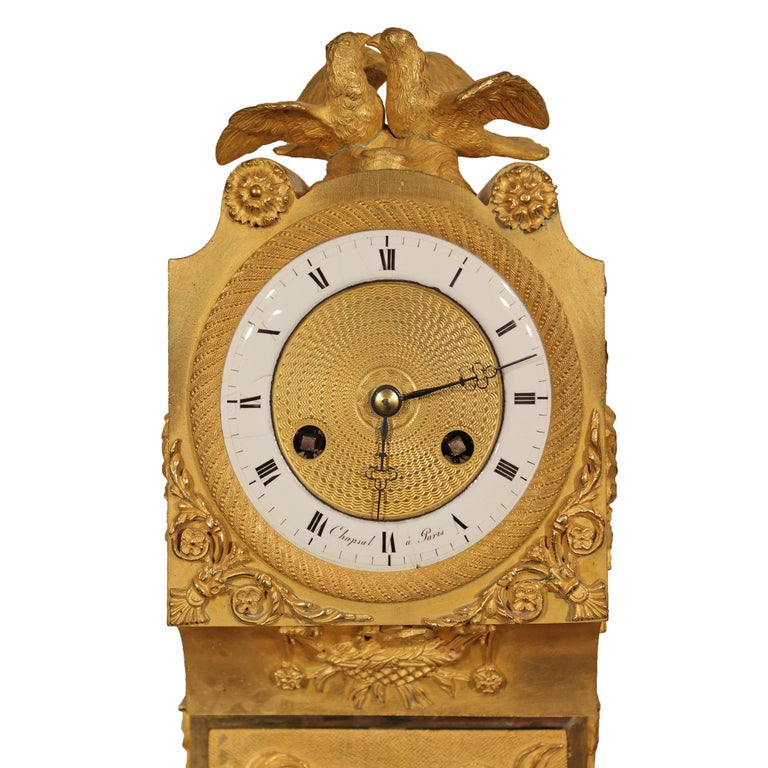 French Early 19th Century Louis XVI St. Ormolu Mantel Clock In Excellent Condition For Sale In West Palm Beach, FL