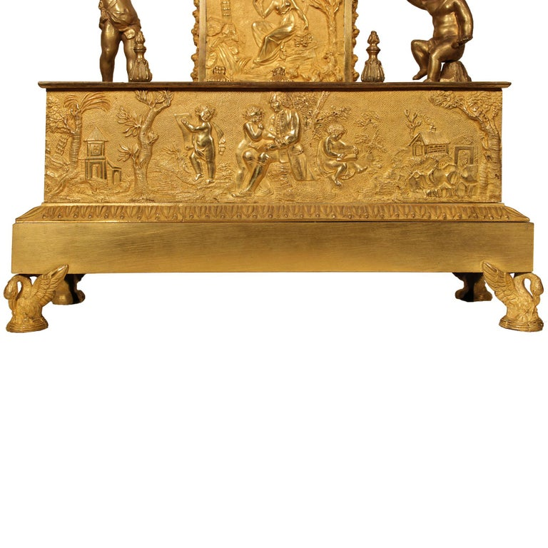French Early 19th Century Louis XVI St. Ormolu Mantel Clock For Sale 3