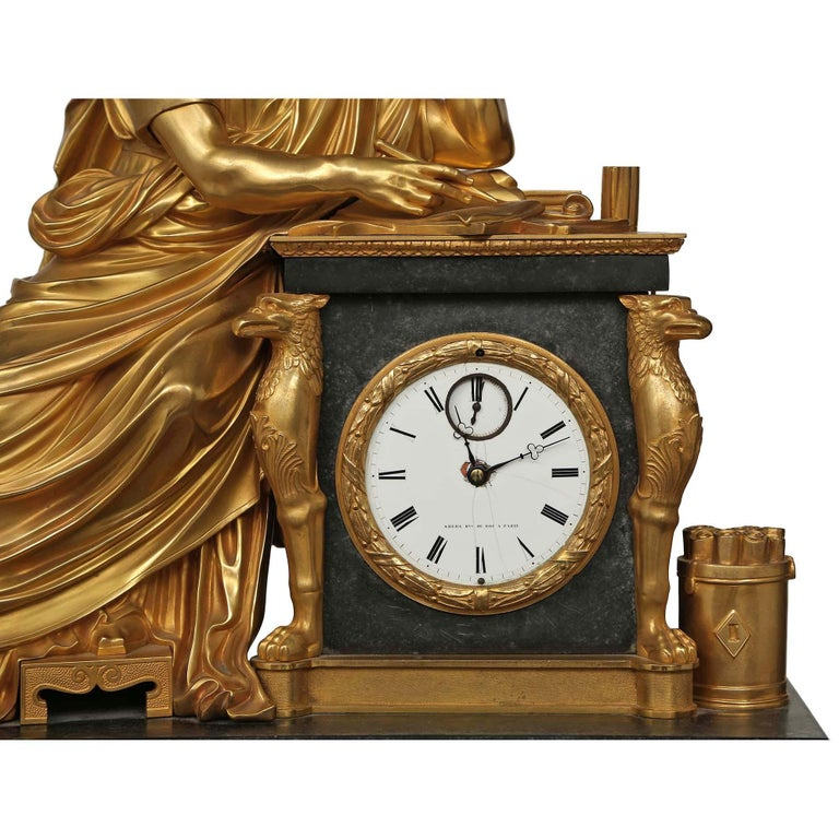 French Early 19th Century Neo-Classical St. Ormolu Mounted on Black Marble Clock For Sale 2