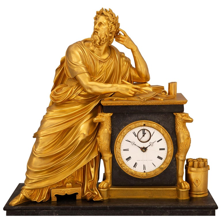 French Early 19th Century Neoclassical St. Ormolu Mounted on Black Marble Clock For Sale 1