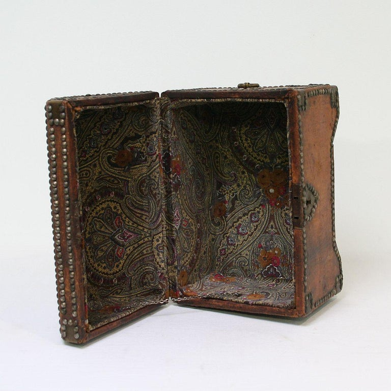 French Early 20th Century Folk Art Vintage Leather Box For Sale 7
