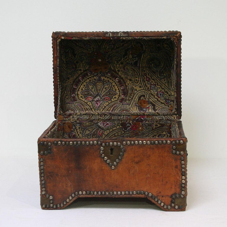 French Early 20th Century Folk Art Vintage Leather Box For Sale 6