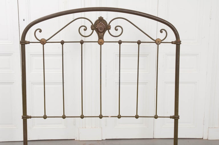 French Early 20th Century Full Metal Daybed For Sale 1