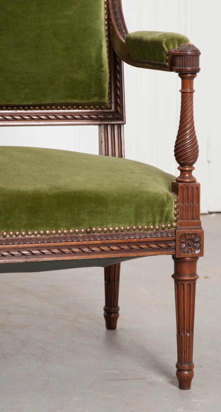 Carved French Early 20th Century Louis XVI Style Upholstered Settee For Sale