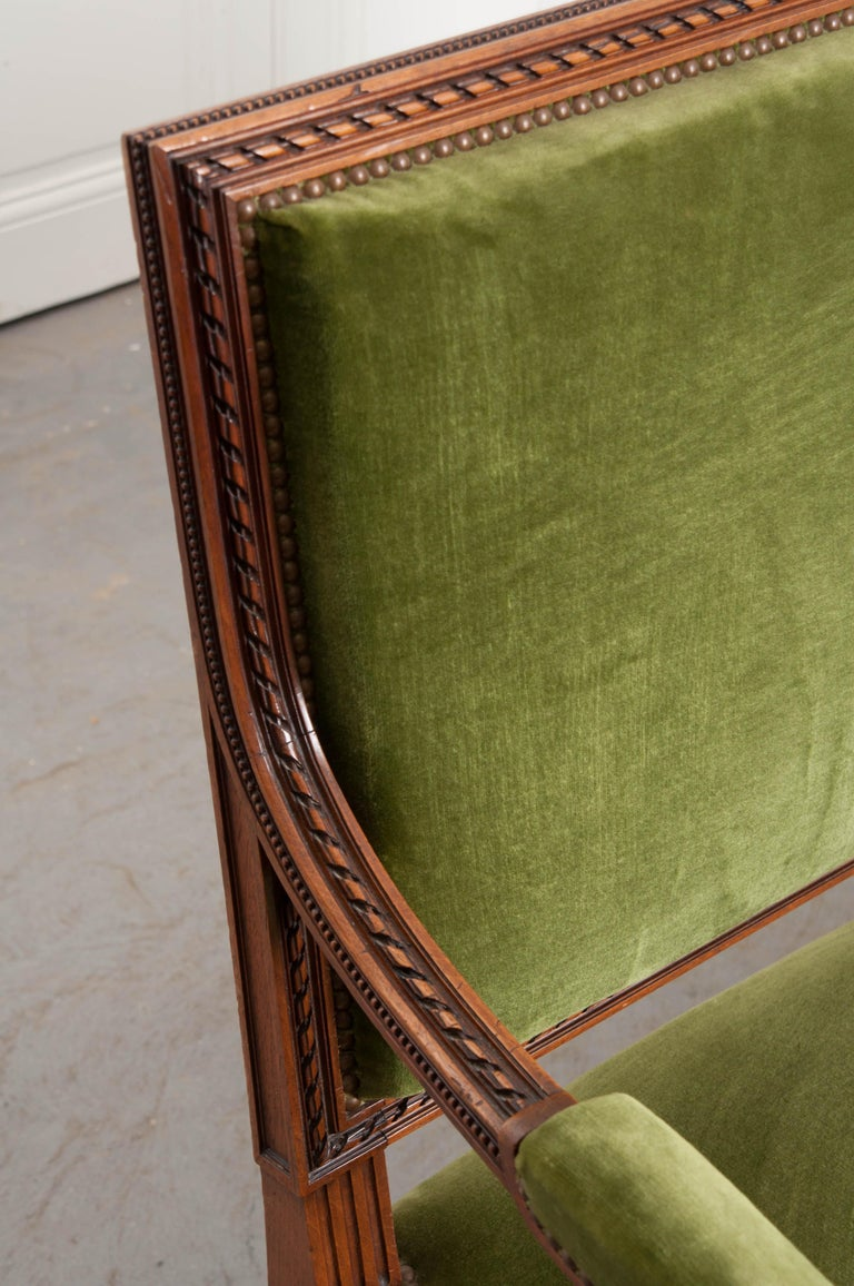 Walnut French Early 20th Century Louis XVI Style Upholstered Settee For Sale