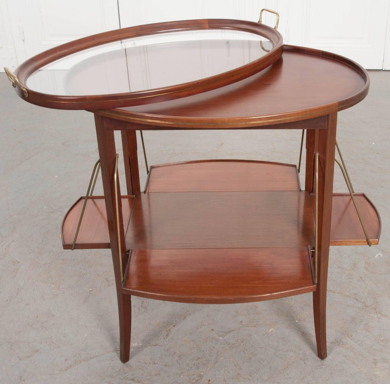 French Early 20th Century Oval Mahogany Tea Table For Sale 5