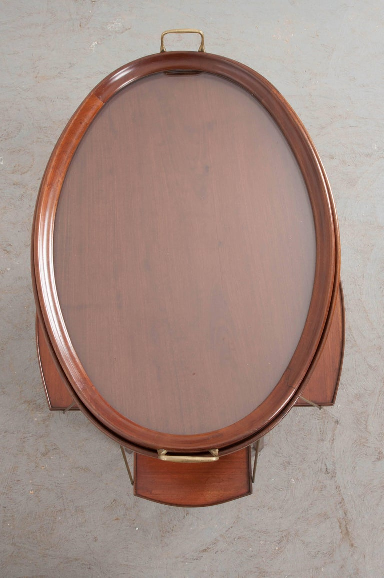 French Early 20th Century Oval Mahogany Tea Table For Sale 6