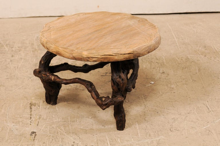 French Early 20th Century Small Wood Coffee Table with Grapevine Base For Sale 2