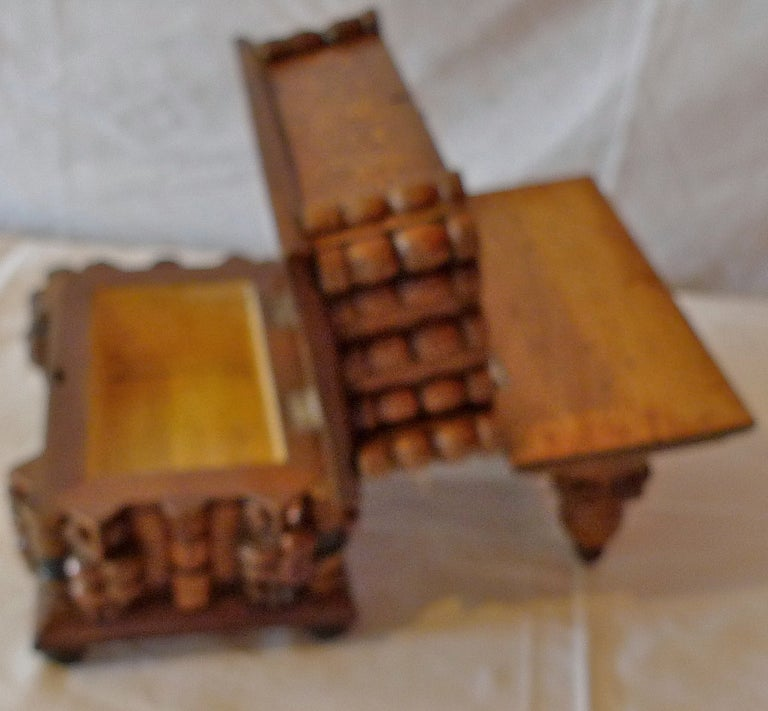 French Early 20th Century Tramp Art Hand Carved and Stained Double Jewelry Box For Sale 5