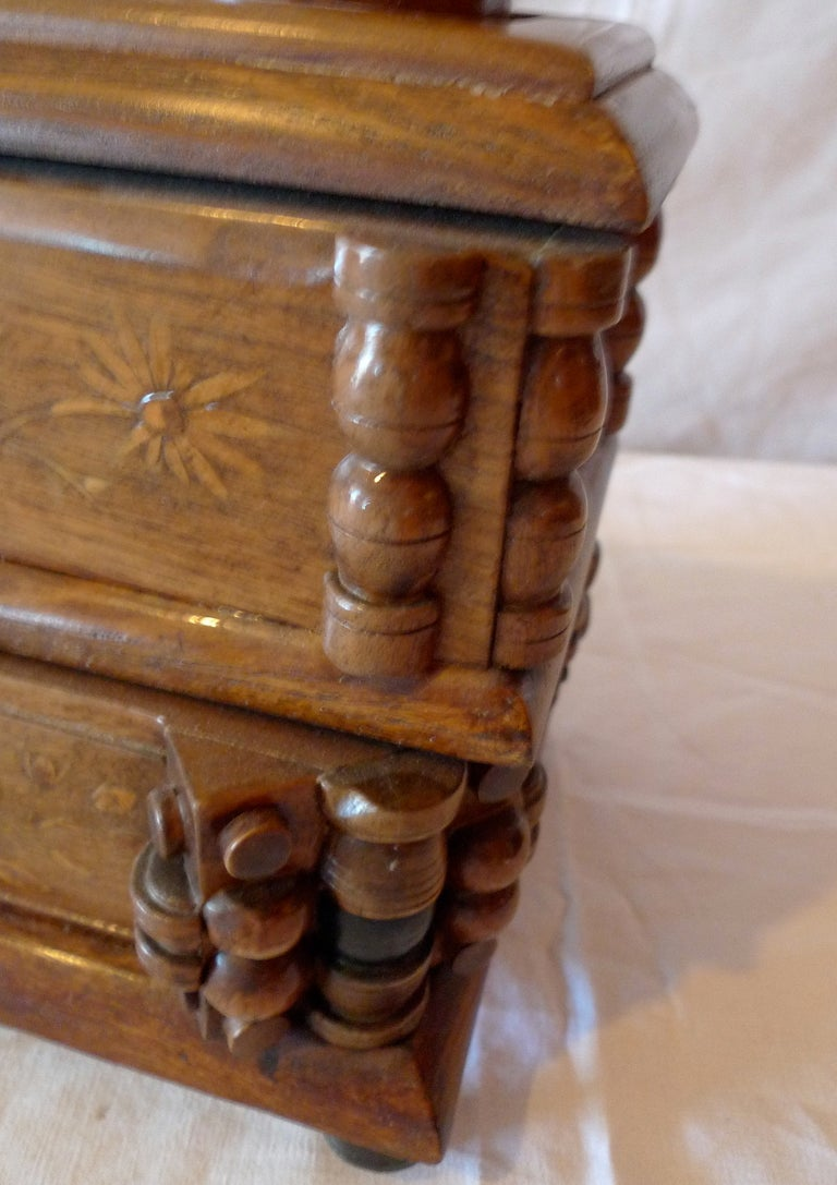Hand-Carved French Early 20th Century Tramp Art Hand Carved and Stained Double Jewelry Box For Sale