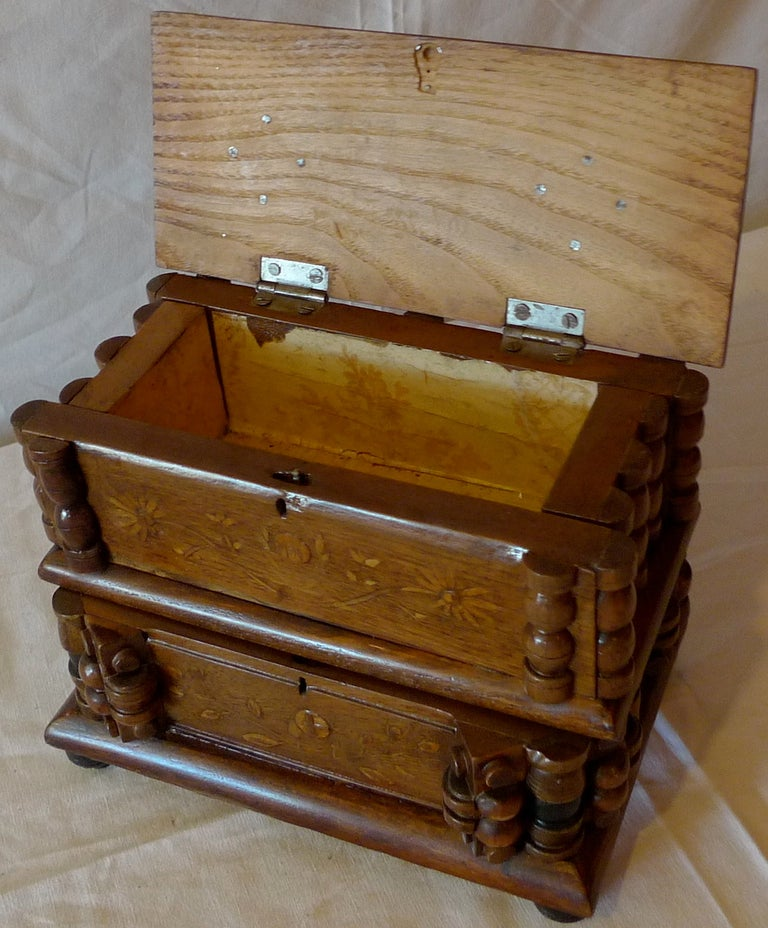 French Early 20th Century Tramp Art Hand Carved and Stained Double Jewelry Box For Sale 2