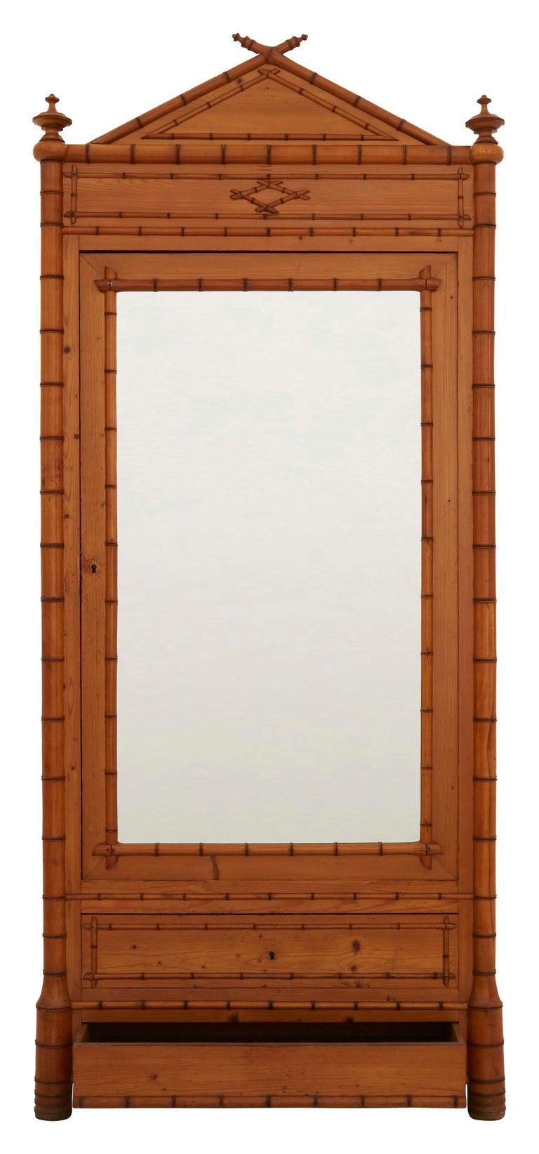 • Original mirror • Wood faux bamboo • Early 20th century • Paris • Measures: 39.5