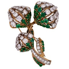 French Emerald Diamond Floral 18 Karat Yellow Gold Platinum Vintage Brooch