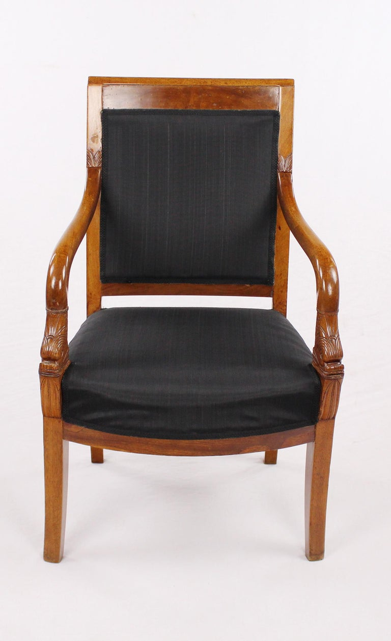 Armchair, massive Nutwood, circa 1800-1810, restored condition, shellac polished,  France, Empire, Horsehair upholstery fabric  I dispatch by air in safe wood boxes only. So no need to worry about the shipment. Delivery can be made within 10-14