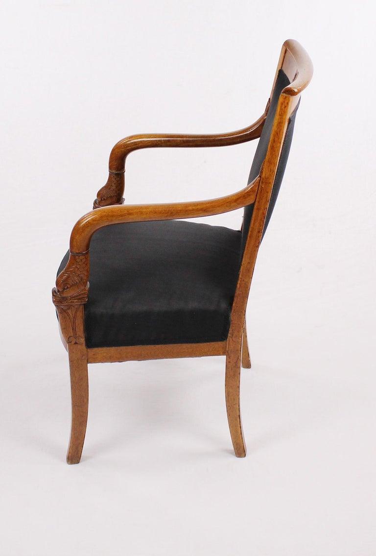 French Empire Armchair, Walnut, 1800-1810, Shellac Polish For Sale 4
