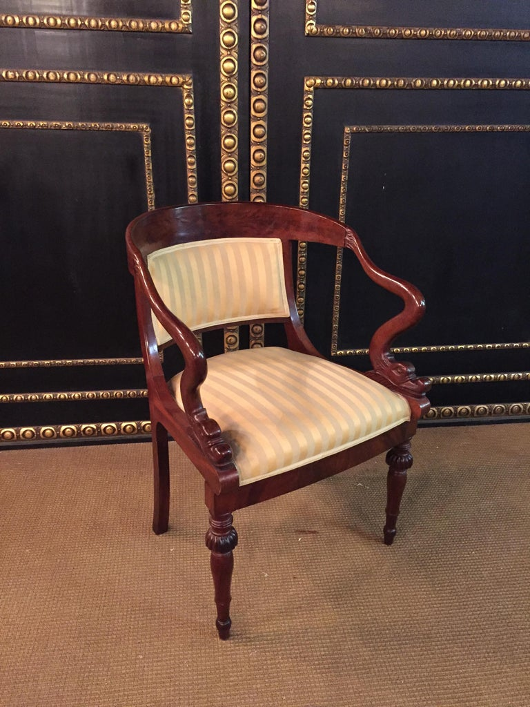 French Empire armchair, walnut, 1800-1810, shellac polish.