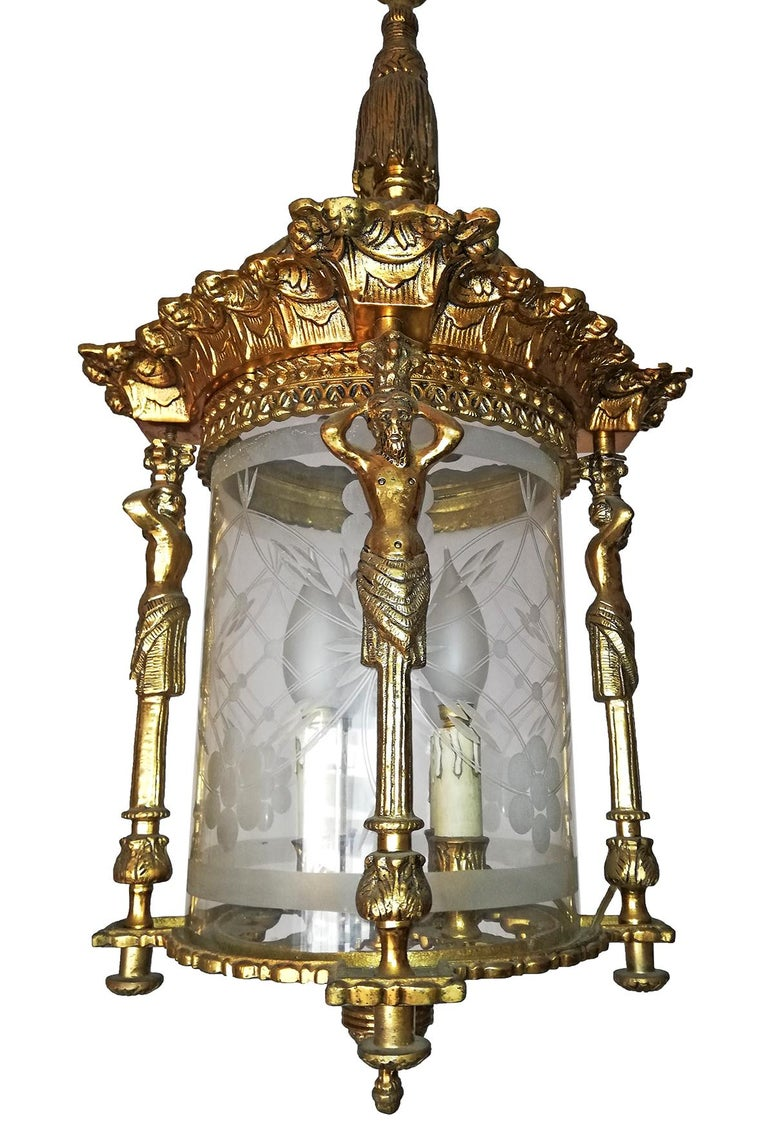 French Empire Caryatids Fire Gilded Bronze Cut Glass 4-Light Lantern Chandelier In Excellent Condition For Sale In Coimbra, PT