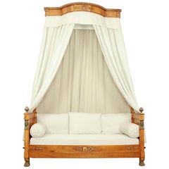 French Empire Walnut Egyptian Revival Daybed with Demilune Canopy, circa 1815