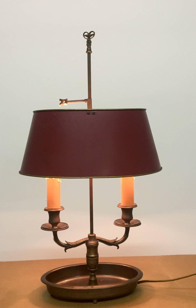 French Empire Style Bronze and Tole Bouillotte Lamp In Good Condition For Sale In Wiesbaden, Hessen
