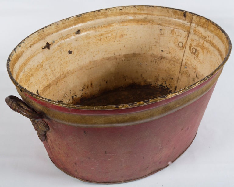 Enameled French Enamelware Basin, Early 20th Century For Sale