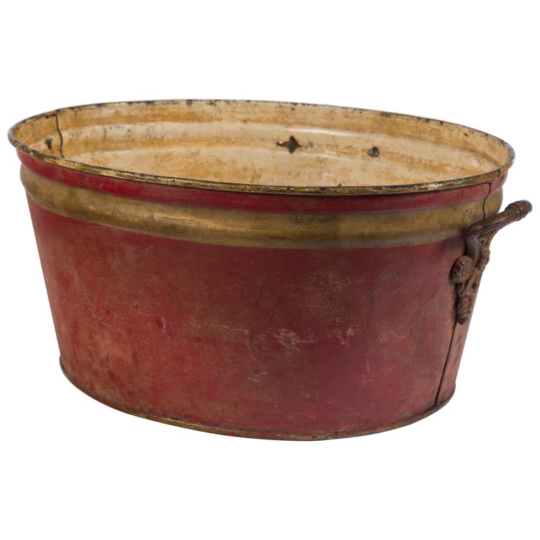 French Enamelware Basin, Early 20th Century For Sale