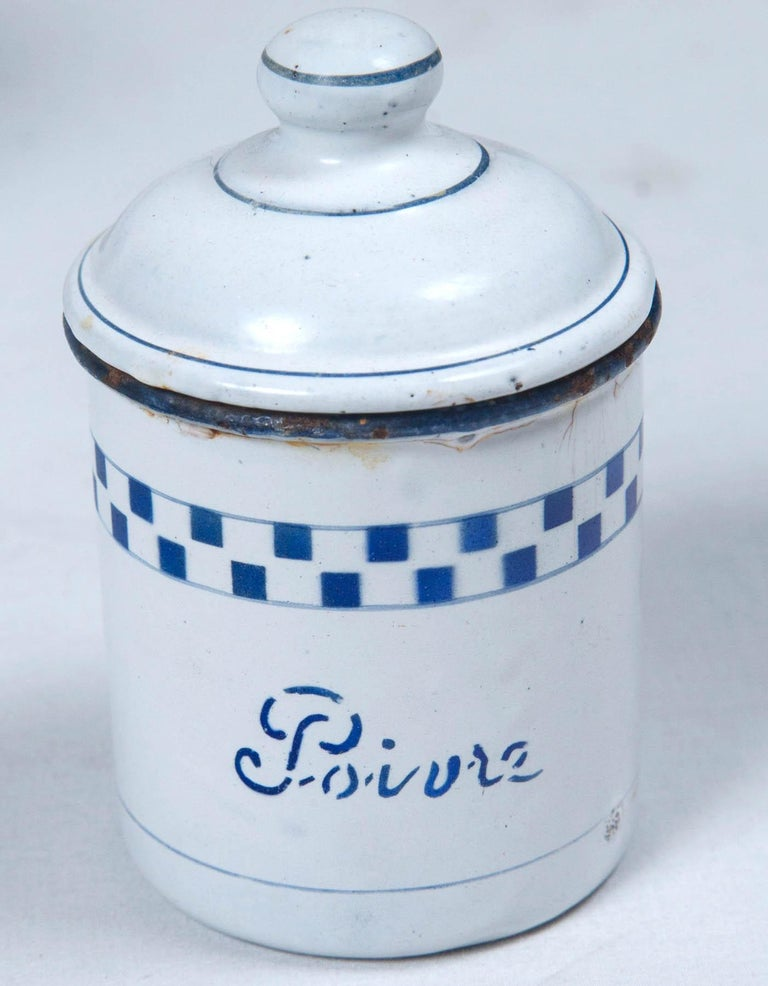 French Enamelware Cannister Set, circa 1920 In Good Condition For Sale In Chappaqua, NY