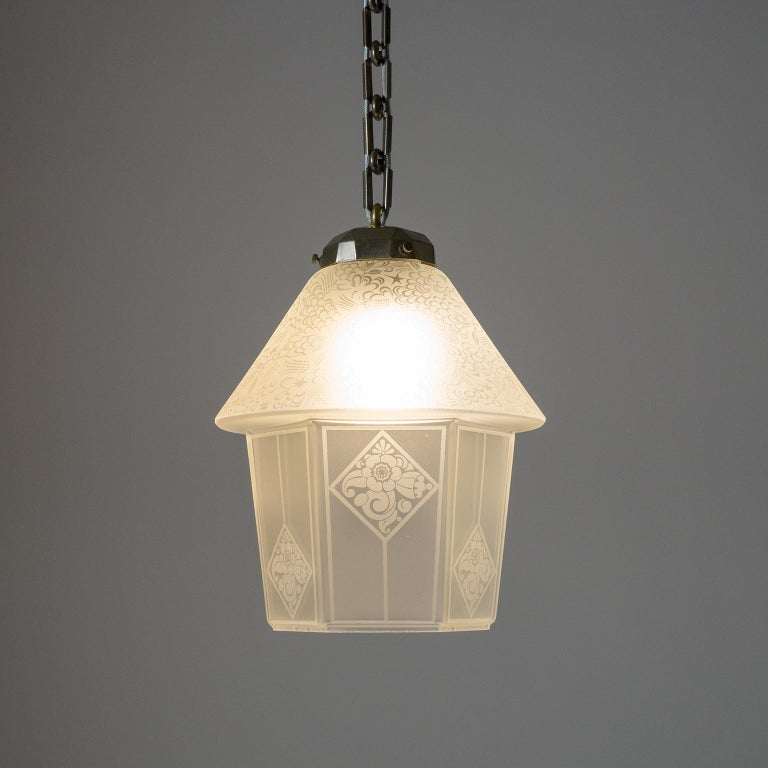 French Etched Glass Lantern, 1940s In Good Condition For Sale In Vienna, AT