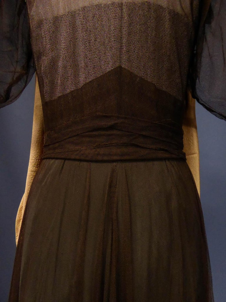 French Evening Dress in Tulle net and Goffered Satin Silk Circa 1930/1940 For Sale 8