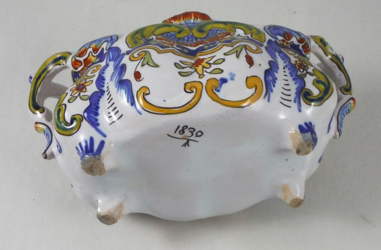 French Faience Jardiniere Desvres, circa 1900 In Good Condition For Sale In The Hills, TX