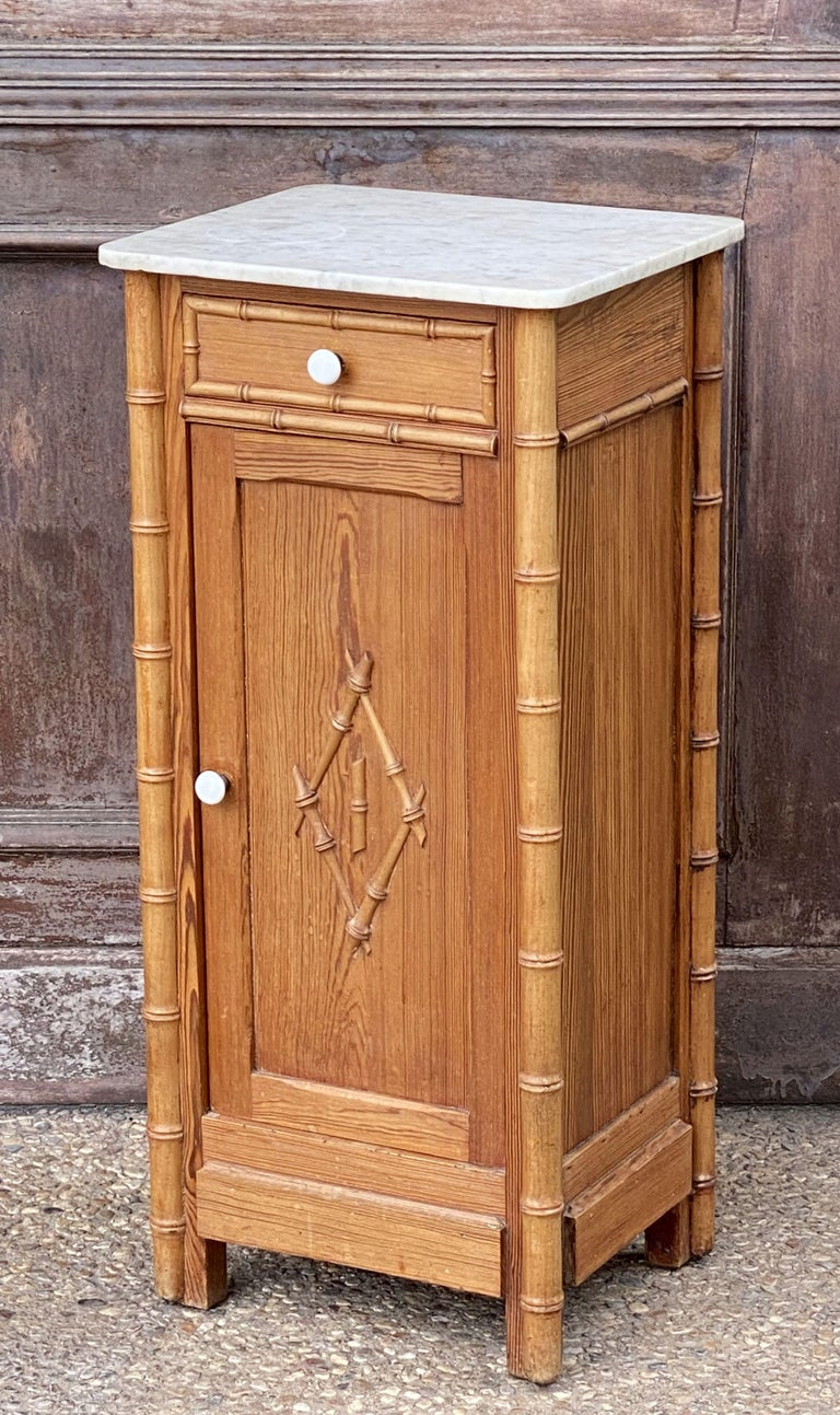 French Faux Bamboo Nightstand or Bedside Table In Good Condition For Sale In Austin, TX